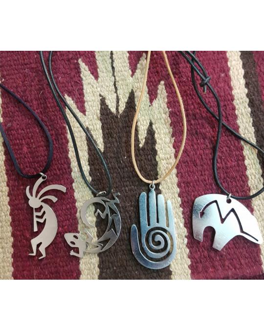 Grosse Edelstahlanhänger Symbole Bär, Kokopelli, Eidechse, Hand