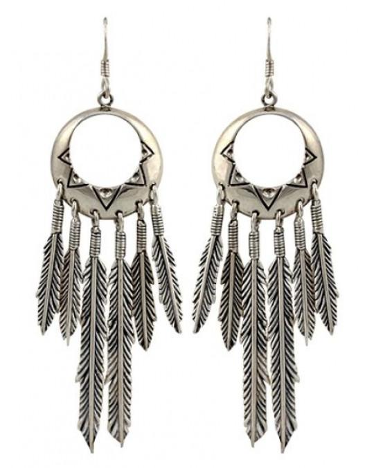 Ohrhänger mit langen Federn
